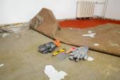 Home renovation, old carpet remove — Stock Photo