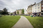 Cathedral Yard, Exeter — Stock Photo