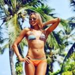 Sexy gorgeous blonde woman in bikini. Fashion female model posin — Stock Photo #68289997