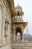 Jaswant Thada. Ornately carved white marble tomb of the former r — Stock Photo