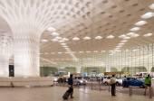 Mumbai, India - January 5, 2015: Tourist visit Chhatrapati Shivaji International Airport. — Stock Photo