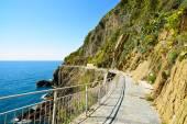 Via dell Amore, The Way of Love, pedestrian street. Cinque Terre — Stock Photo