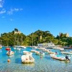 Portofino luxury village landmark, panorama view. Liguria, Italy — Stock Photo #55927311