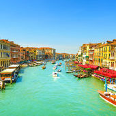 Venice grand canal or Canal Grande, view from Rialto bridge. Ita — Stock Photo