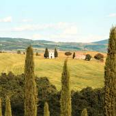 Tuscany landscape, Vitaleta chapel, little church in Val d Orcia — Stock Photo