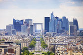 La Defense business area, Grande Armee avenue. Paris, France — Stock Photo