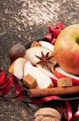 Jabłko i przyprawy — Zdjęcie stockowe