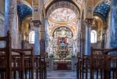 Interior of the famous church Santa Maria dell Ammiraglio in Pal — Stock Photo