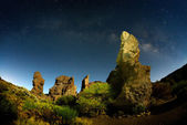 Night sky with milky way on teide crater, tenerife — Stock Photo