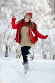 Young happy woman outdoor in winter enjoying the snow — Stock Photo