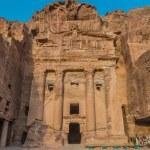 Urn Tomb in Nabatean city of Petra Jordan — Stock Photo #57915077