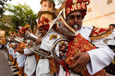 Men orchestra trumpets Gangaur Festival-Jaipur — Stock Photo