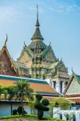 Decorated chedi rooftop Wat Pho temple bangkok Thailand — Stock Photo