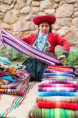 Woman selling handcraft peruvian Andes  Cuzco Peru — Stock Photo