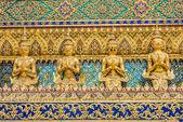 Walls grand palace Phra Mondop — Stock Photo