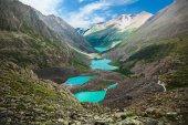 Beautiful turquoise lakes — Stock Photo
