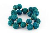 Blue wooden beads bracelet — Стоковое фото