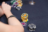 People playing poker — Stock Photo