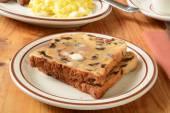 Buttered raisin toast — Stock Photo