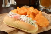 Seafood sandwich with beer — Stockfoto