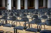 Rows of empty chairs — Stock Photo