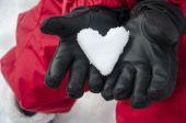 Cœur de neige à moufle — Photo