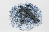Wrenches bolts and nuts — Stock Photo