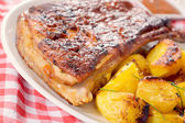 Ribs and potatoes — Stock Photo