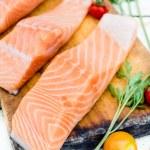 Raw salmon — Stock Photo #78757012