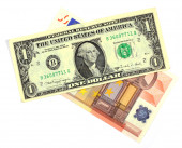 Dollaro ed Euro isolato su bianco — Foto Stock