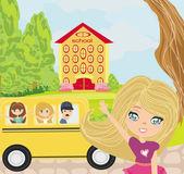 Happy kids go to school  — Stock Vector