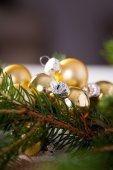 Golden Christmas decoration background — Stock Photo