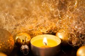 Warm gold Christmas candlelight background — Stok fotoğraf