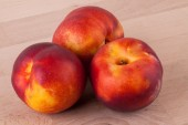 Tasty fresh ripe nectarines — Stock Photo