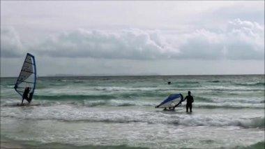 Kitesurfer at the ocean — Stock Video