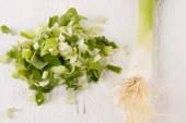 Diced fresh leeks — Stock Photo