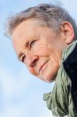 Happy grey-haired elderly woman senior outdoor — Stock Photo