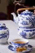 Cup of freshly brewed black tea — Stock Photo