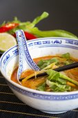 Appetizing Asian Food in   Bowl — Stock Photo