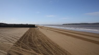Weston-super-Mare beach towards Uphill direction Somerset England UK — ストックビデオ