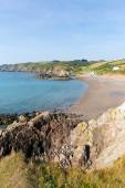 Kennack Sands Cornwall the Lizard Heritage coast South West England with blue sky on a sunny summer morning — Stock Photo