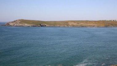 Cornish cove PAN Crantock bay and beach North Cornwall England UK — Stock Video