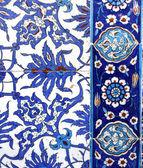 Macro view of tiles in Rustem Pasa Mosque, Istanbul — Stock Photo
