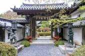Entrance to Fukuchi-in temple lodging in Koyasan, Japan — Stock Photo