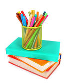 Kitaplar ve kalem. beyaz arka plan üzerinde. — Stok fotoğraf