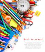 Skolan verktyg och tillbehör på en vit bakgrund. — Stockfoto