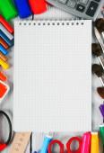 Hulpprogramma's voor notebook en school. — Stockfoto