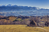 Romanian alpine rural scenery — Stock Photo