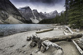 Moraine Lake, Banff, Alberta, Canada. — Stock Photo