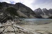 Moraine Lake, Banff, Alberta, Canada. — Stock Photo